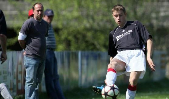 Stefan Gering spielt Fußball
